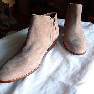 Sam Edelman Shoes - Sam Edelman 'Petty' Chelsea Boot NWOT